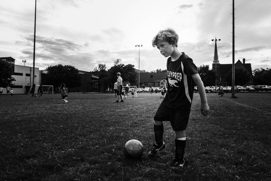 boy-soccer-angela-ross-photography